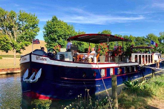 Luxury Barge Holidays - Cruising near Dijon, City of Gastronly & Wine