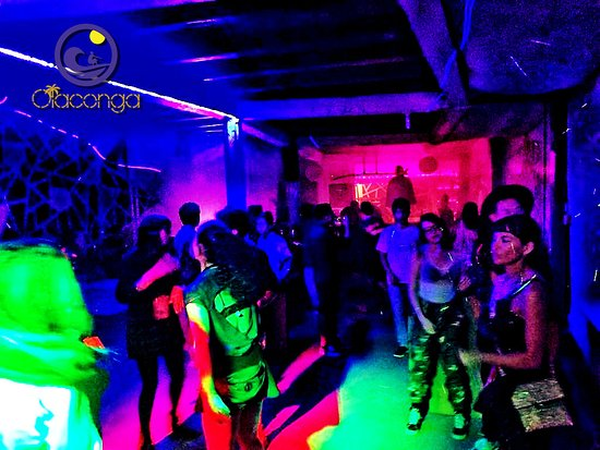 Puerto Lopez, Ecuador: We like to party. Our amazing clients and friends!