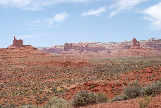 Monument Valley, UT: Souvenirs Voyage Californie --- l'immensité aride