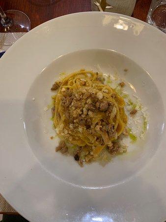 Linguine al sugo di peperone giallo