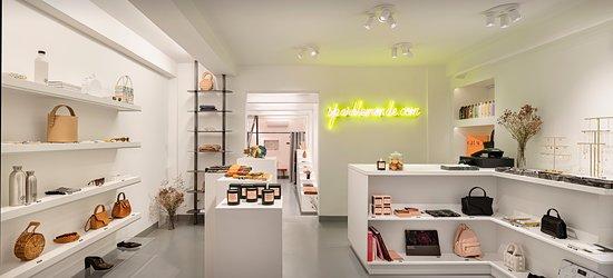 Spark Le Monde Concept Store