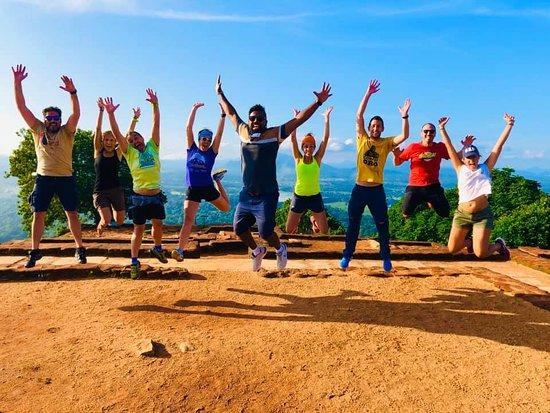 Hola Sri Lanka Tours