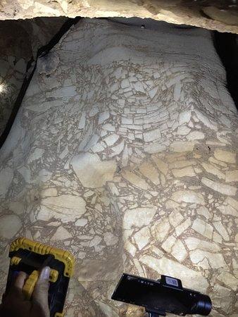 Khao Chaison, Ταϊλάνδη: marble like stone