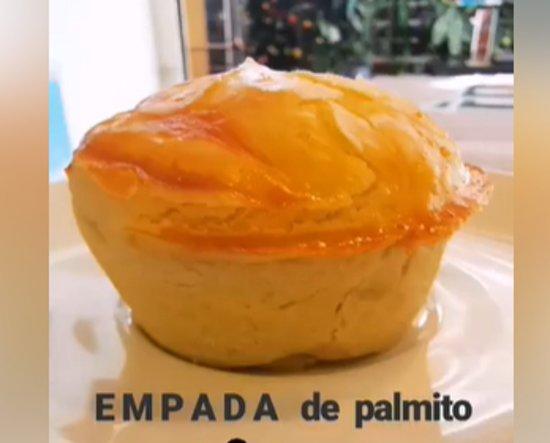 Palmito empada (hearts of palm)