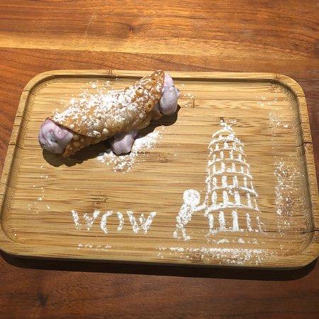 西西里義式捲餅,第一次吃,還OK。