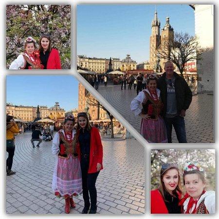Krakowianka z Gośmi z Nederlandów na Rynku Głównym w Krakowie