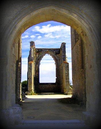 Ile de Re, France: Ile de Ré (Charente-Maritime) - Abbaye des Chateliers