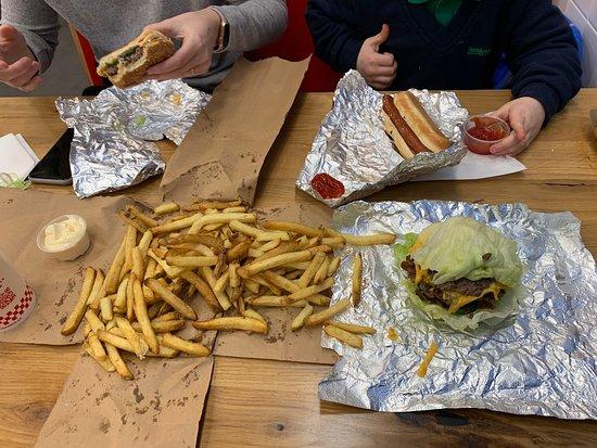 Five Guys Gloucester Merchant S Rd Updated 2020 Restaurant
