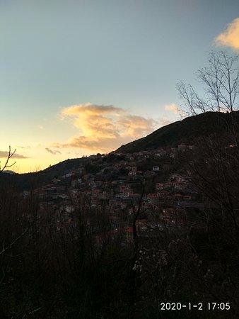 Lagkadia, Greece: Σούρουπο χειμώνα