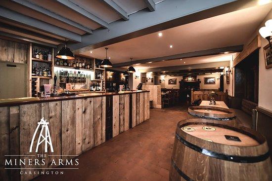 Carsington, UK: bar drinking area