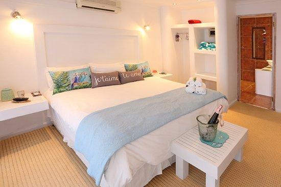 Садовый маршрут, Южная Африка: Deluxe Room with en suite bathroom