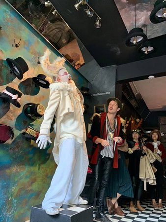 Mad Hatter S Gin Tea Party London Notting Hill Restaurant Reviews Photos Phone Number Tripadvisor