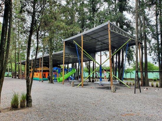 Cerrillos, Argentina: Zona de juegos para niños
