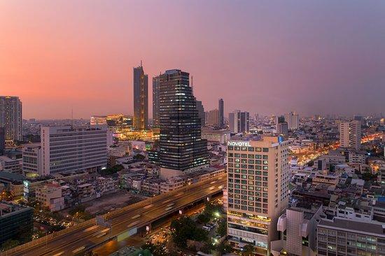 Novotel Bangkok Silom Road (Formerly Novotel Bangkok Fenix Silom)