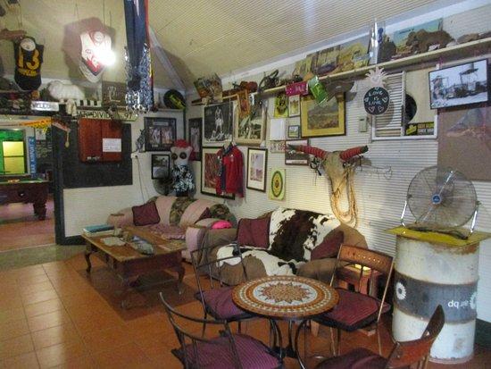 Marble Bar, Австралия: Seating options & Memorabilia