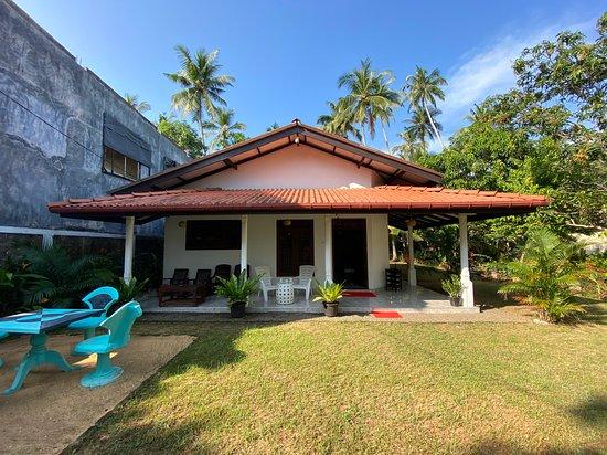 Welcome to Mango Villa near Hikkaduwa in Sri Lanka!