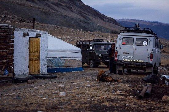 Bayan Expeditionの画像 - オロジーの写真 - トリップアドバイザー