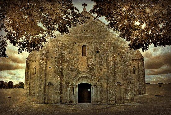 Licheres, France: Eglise de Lichères (Charente)