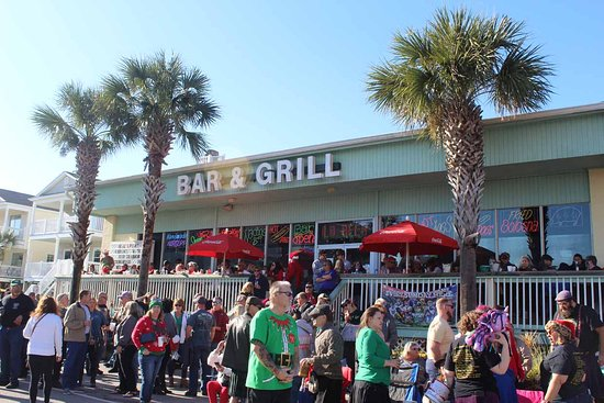 Christmas Parade 2021 Surfside Beach Sc 2019 Christmas Parade Picture Of Neal And Pam S Bar And Grill Surfside Beach Tripadvisor
