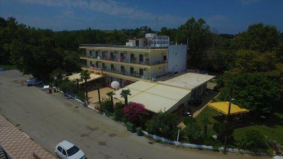 Makrygialos, Yunanistan: aerial photo of the hotel