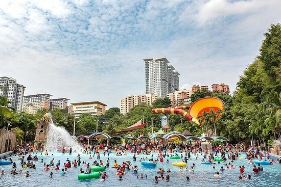 Full-Day Sunway lagoon Theme Park...