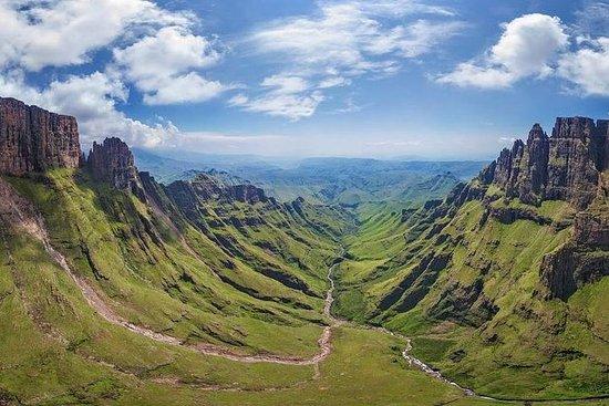Drakensberg-MandelaCaptureSite-HowickFalls-Midlands Meander-Day Tour...