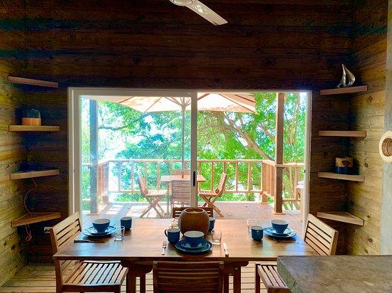 Isla Saboga, Panama: 2 bed apartment