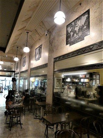 Cafe 1932