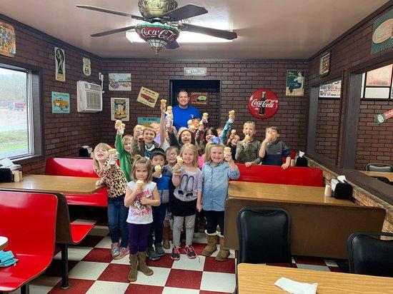Oden, AR: Elementary kiddos !