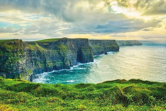 Cliffs of Moher Luxury Private Day Tour