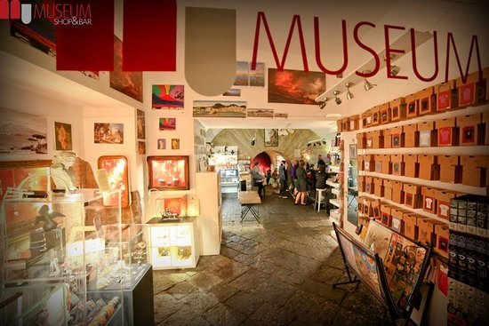 Museum Food & Bar