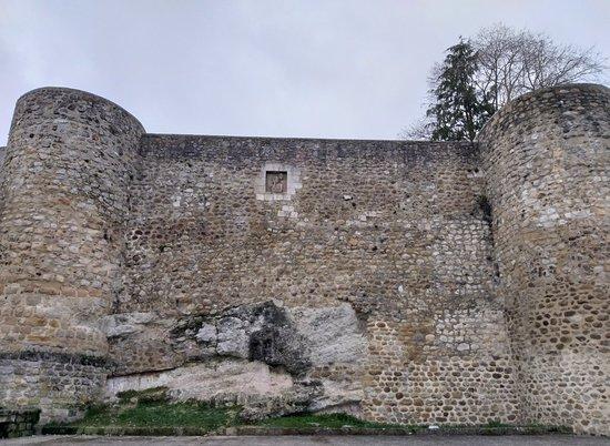 Muralla de Medina de Pomar