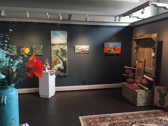Michael Hodnett Art Gallery