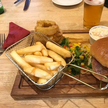 8oz burger & mmmm onion rings