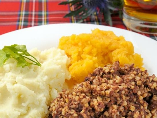 Ayrshire, UK: SCOTTISH HAGGIS, NEEPS AND TATTIES AND A WEE DRAM OF WHISKY TO CELEBRATE THE SCOTTISH POET AND LYRICIST ROBERT BURNS OR RABBIE BURNS AS HE IS CALLED HERE IN SCOTLAND. AM VERY PROUD TO BE SCOTTISH.......