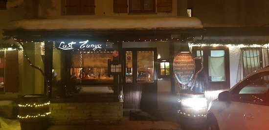 Amazing food, lovely service and cute & cosy place