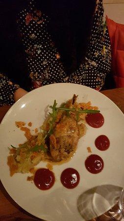 Chateaugiron, Франция: Superbe soiree d anniversaire, cuisine maison avec carte reduite excellente.  Tres bon rapport Qualité prix.  Je recommande les yeux fermés.