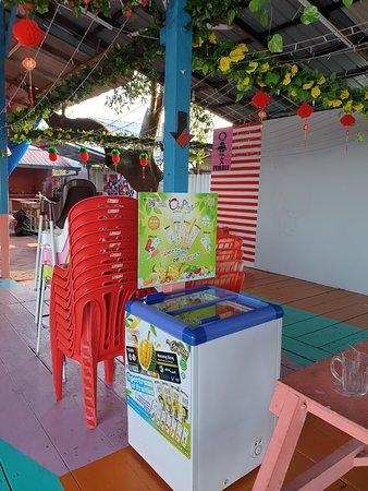 Bagan Datoh, Maleisië: OriPlus Musang King & Fruities ice cream, all original fruit, less sugar & milk, no artificial additives.  https://m.facebook.com/story.php?story_fbid=629927111112969&id=100022870565513