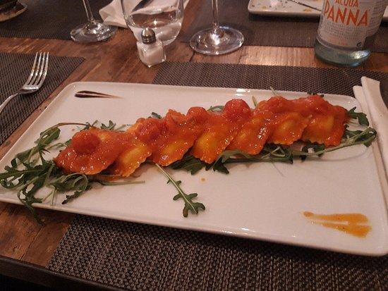 imagen Piaceri D' Italia Ristorante Pizzeria en Sant Cugat del Vallès