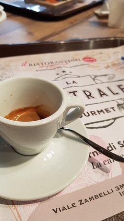Caffè a LA CENTRALE GOURMET