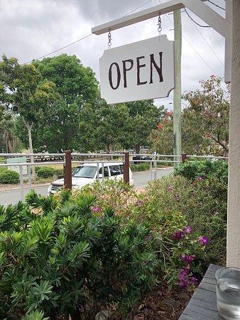 Cooran, أستراليا: sidewalk