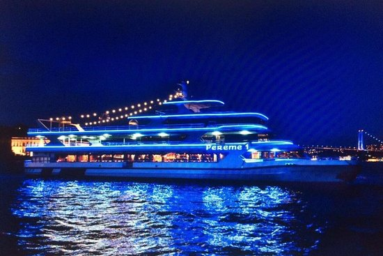 Istanbul Bosphorus Cruise and Luxury Boat Tours