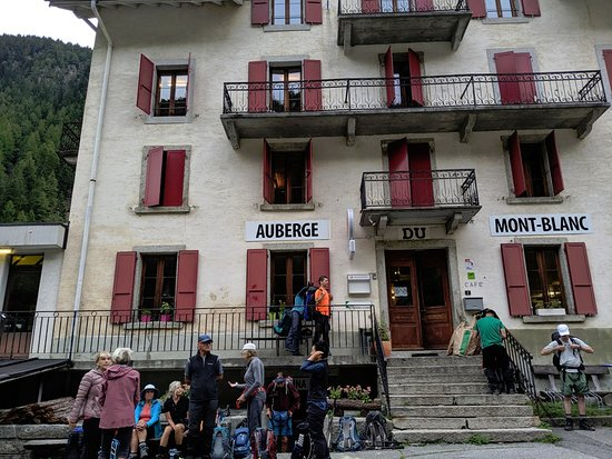 Trient, Schweiz: The outside of the building.