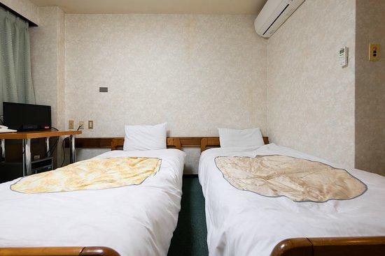 OYO 44652 Nakatsugawa Silk Hotel