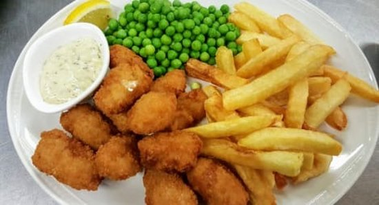 Johnston, UK: Morning guys....just a few of the specials we have on this week's menu 😀  Scampi, chips and peas .. served with tartare sauce and a lemon wedge 🐟  Homemade chicken curry .. served with chips and rice ..with a naan bread and mango chutney 🍛  And back by popular demand .. Homemade beef Cawl .. served with a toasted roll and a chunk of mature cheddar 🍲