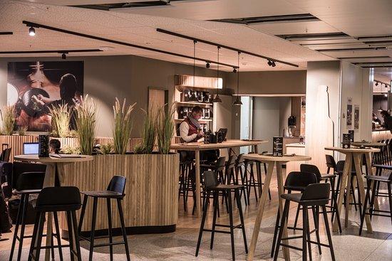 Bar Jacobsen