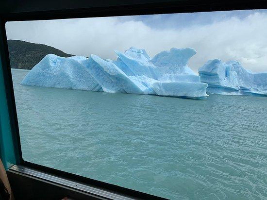 El Calafate, Argentina: Large iceberg