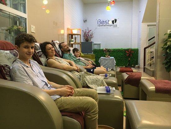 Family happy enjoy at Best Spa Massage Hue