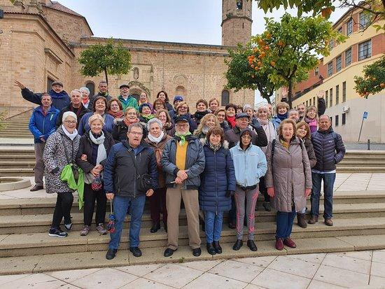 Begijar, Španělsko: Aquí os presento al grupo de la Asociación que hemos visitado Jaén y por supuesto la almazara en estos días