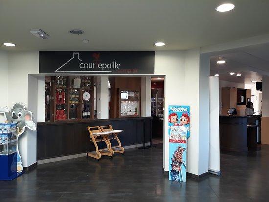 Marchaux, France: Bienvenue chez Grill Courtepaille !